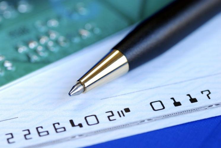 Banken gaan namen checken bij overboeking