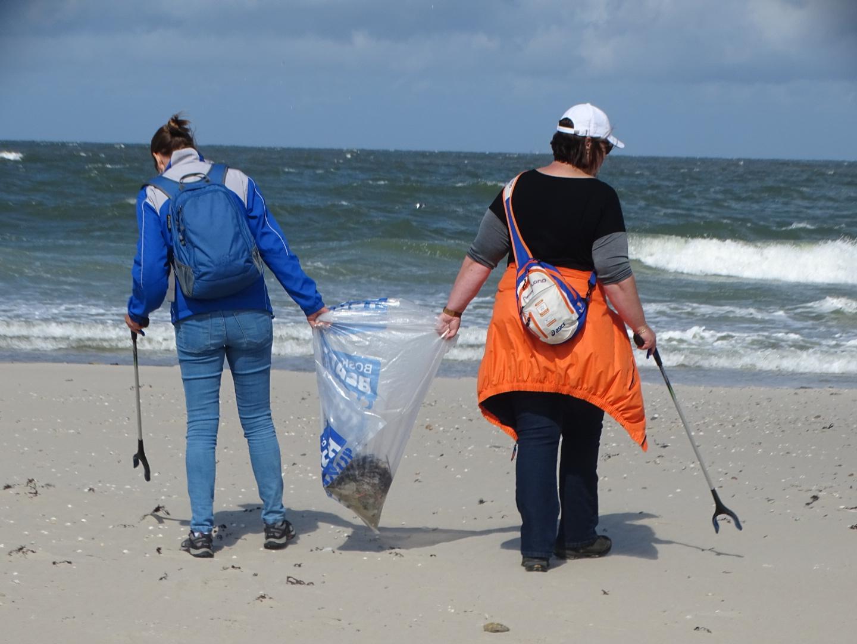 Vrijwilligers halen 3262 kilo afval van Waddeneilanden