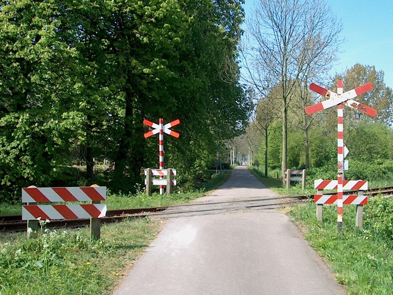 Nieuwe gastschrijver René Janson over nabo's: niet actief beveiligde overwegen